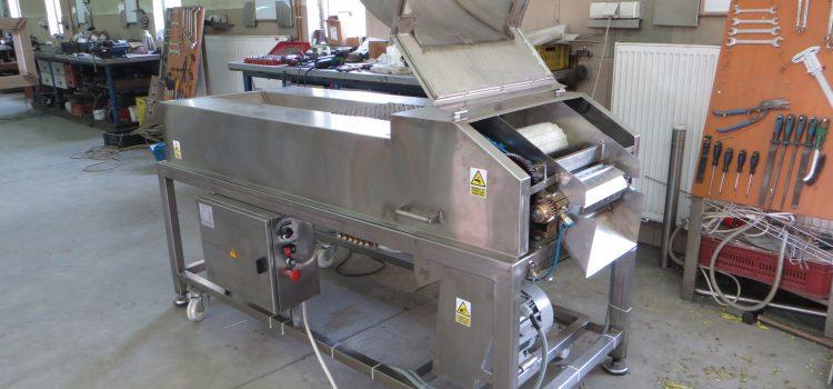 MRP R/K – Mašina za rezanje paprike u rezanac i kocku