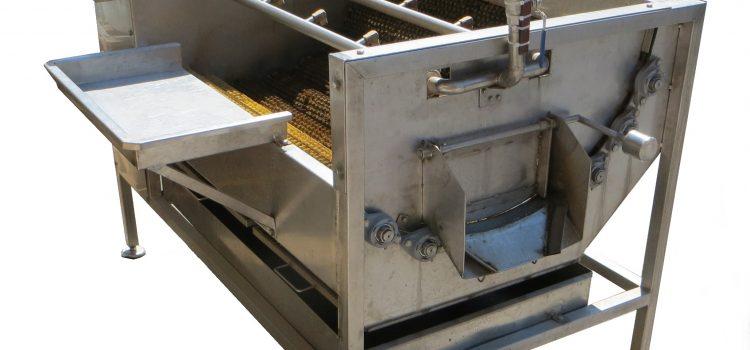 MKPK – Mašina za pranje krtolastog povrća sa četkama