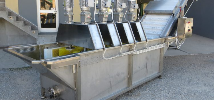 KBT/VČ – Mašina za pranje voća i povrća sa vertikalnim četkama